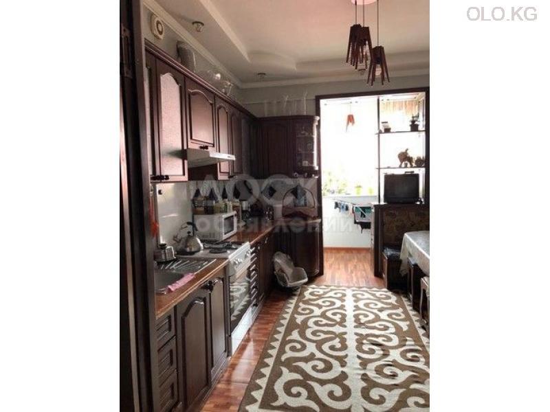 Продаётся 3к.кв элитка, vip городок Ала-Арча-1, 3этаж, 120м2, евро+мебель, дом сдан 3л/з. Цена 95$ - 2