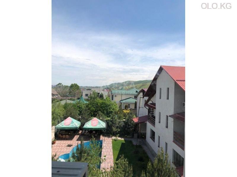 Продаётся 3к.кв элитка, vip городок Ала-Арча-1, 3этаж, 120м2, евро+мебель, дом сдан 3л/з. Цена 95$ - 6